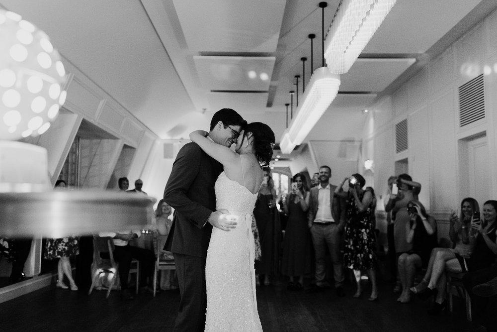 Islington_Town_Hall_Swan_Globe_Theatre_wedding-99.jpg