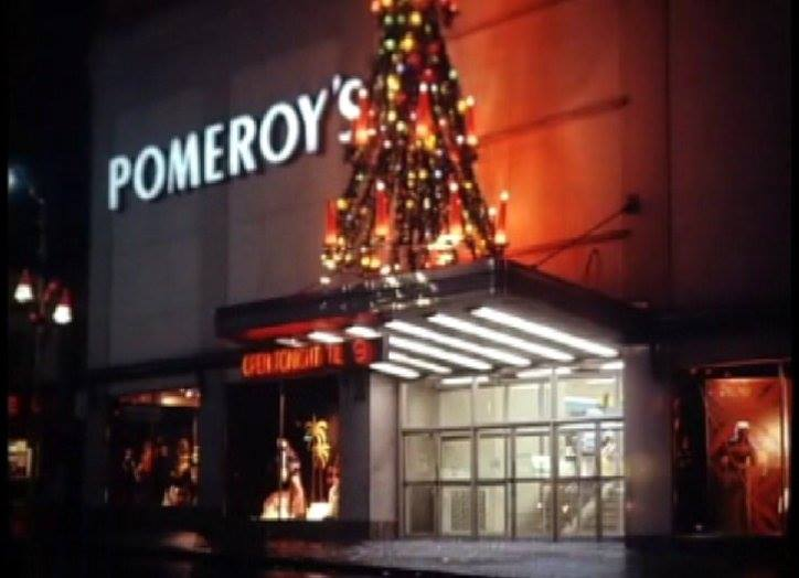 The former Pomeroy's department store at Sixth and Penn Streets all decked out for the holidays!