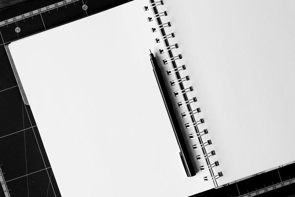 notebook-pen-table-blank-158771.jpg