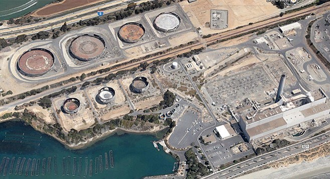 Encina power plant (building with tall stack) Imagery  © 2015 Google