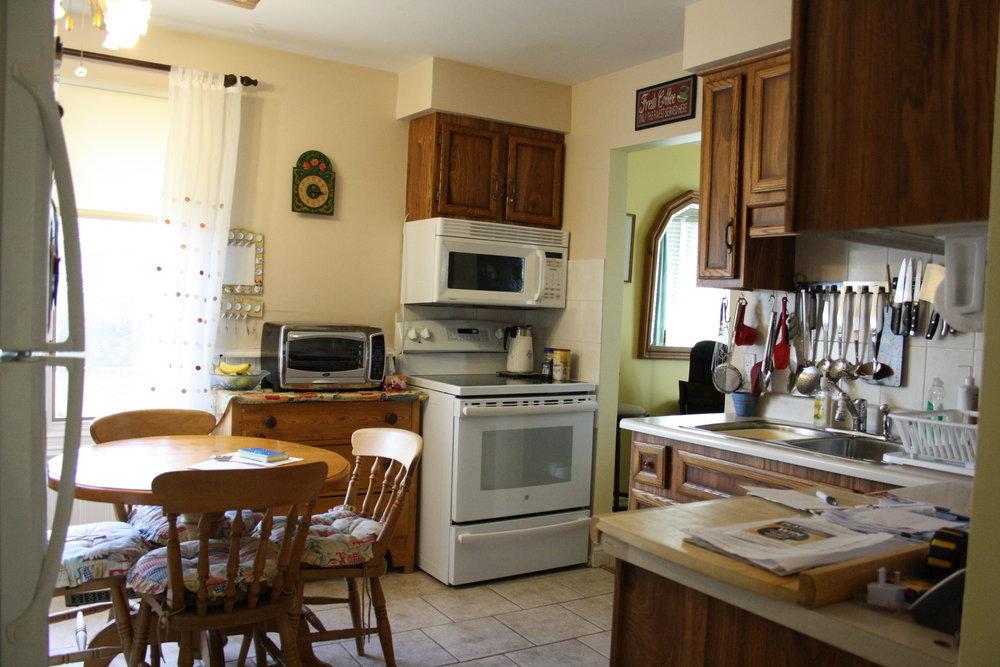 3. Kitchen (9).JPG