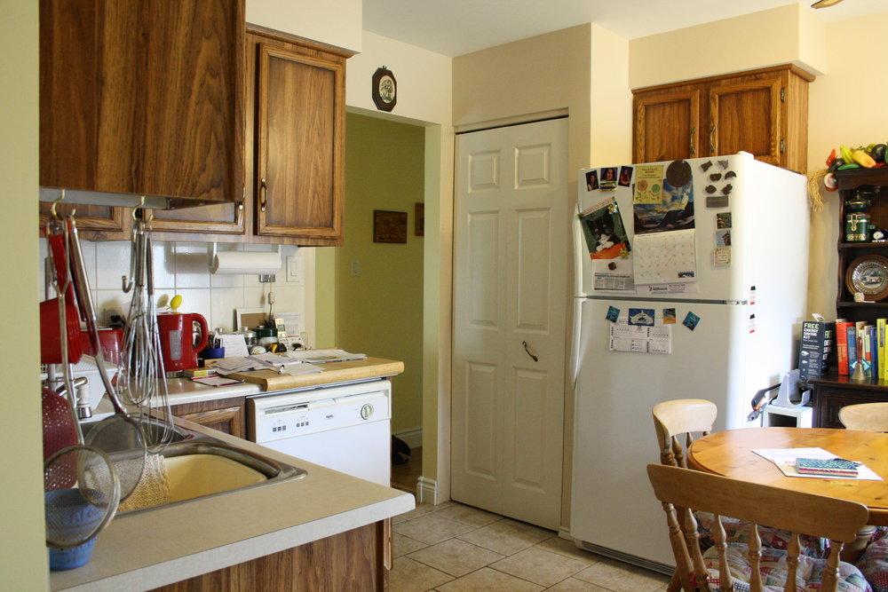 3. Kitchen (16).JPG