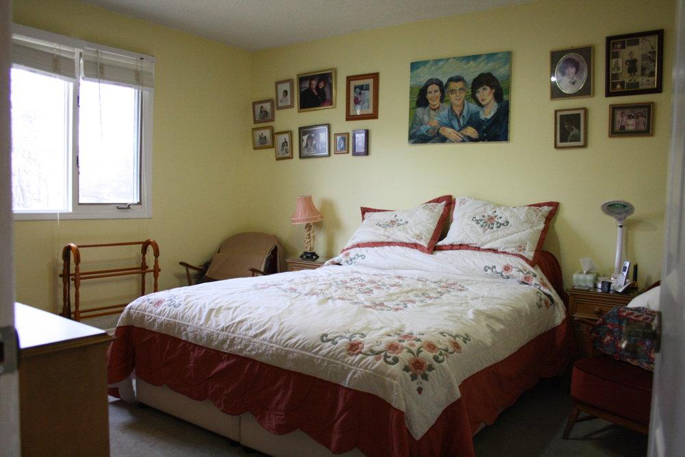 9. Master Bedroom (2).JPG