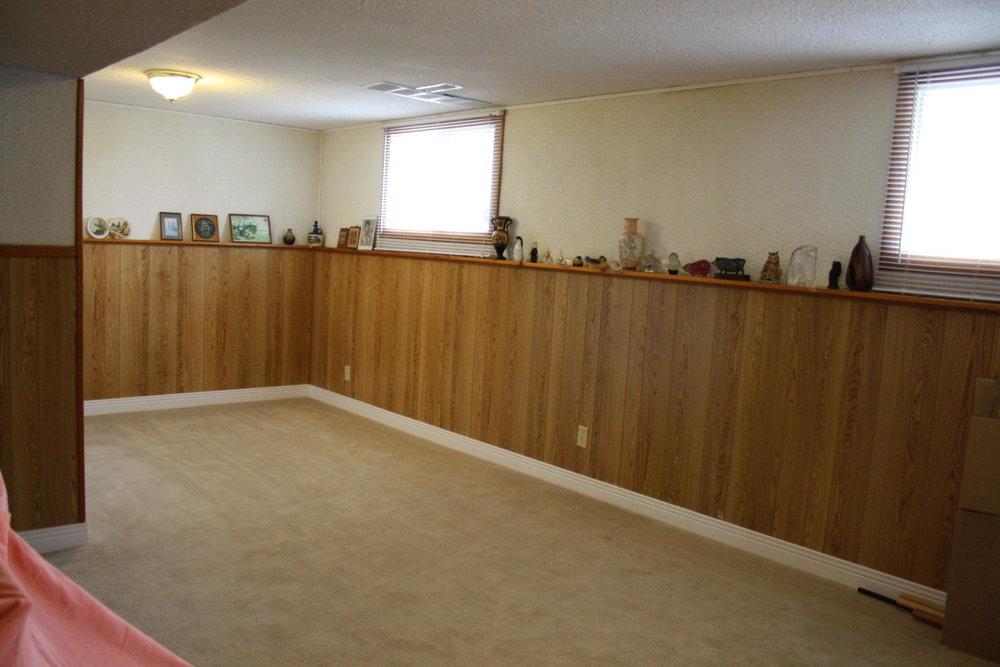 13. Lower Bedroom (16).JPG