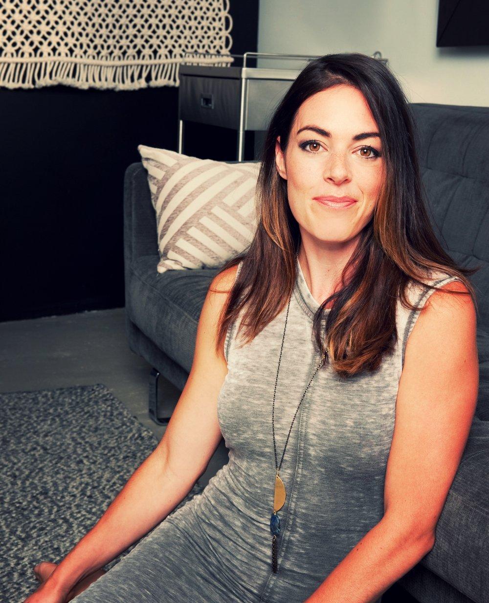 Danielle Savory Raw-114.jpg