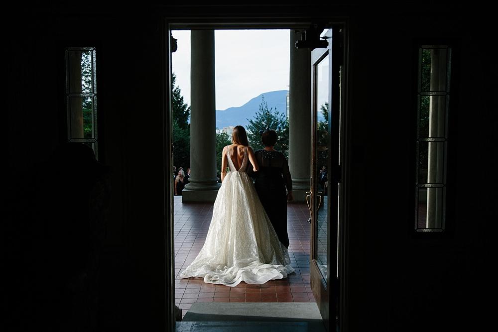 Hycroft Manor University Womens Club of Vancouver Fall Wedding Vancouver BC Note Photography Matt and Ioana September Wedding_0045.jpg