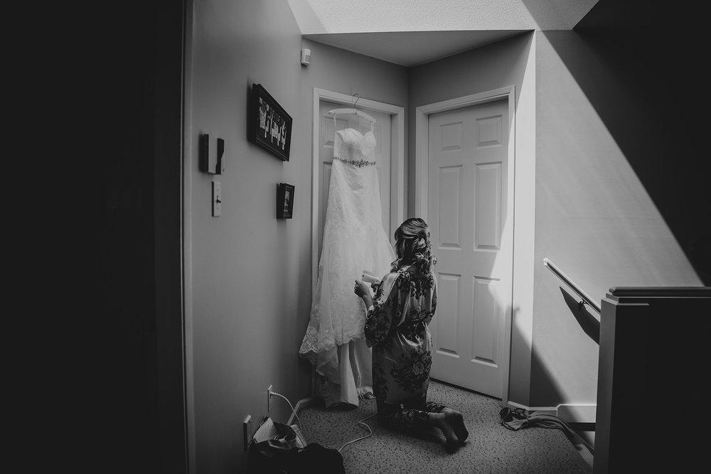 August11.KellyBrandon016_Note Photography Documentary Photographer Wedding Photos Vancouver B.C. Best of 2018 2019 2020 Vancouver Island Okanagan Banff Edmonton Victoria.jpg