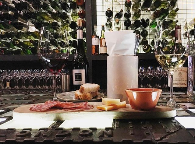 Sunday funday. Killer day to be drinking wine and have some charcuterie 💣