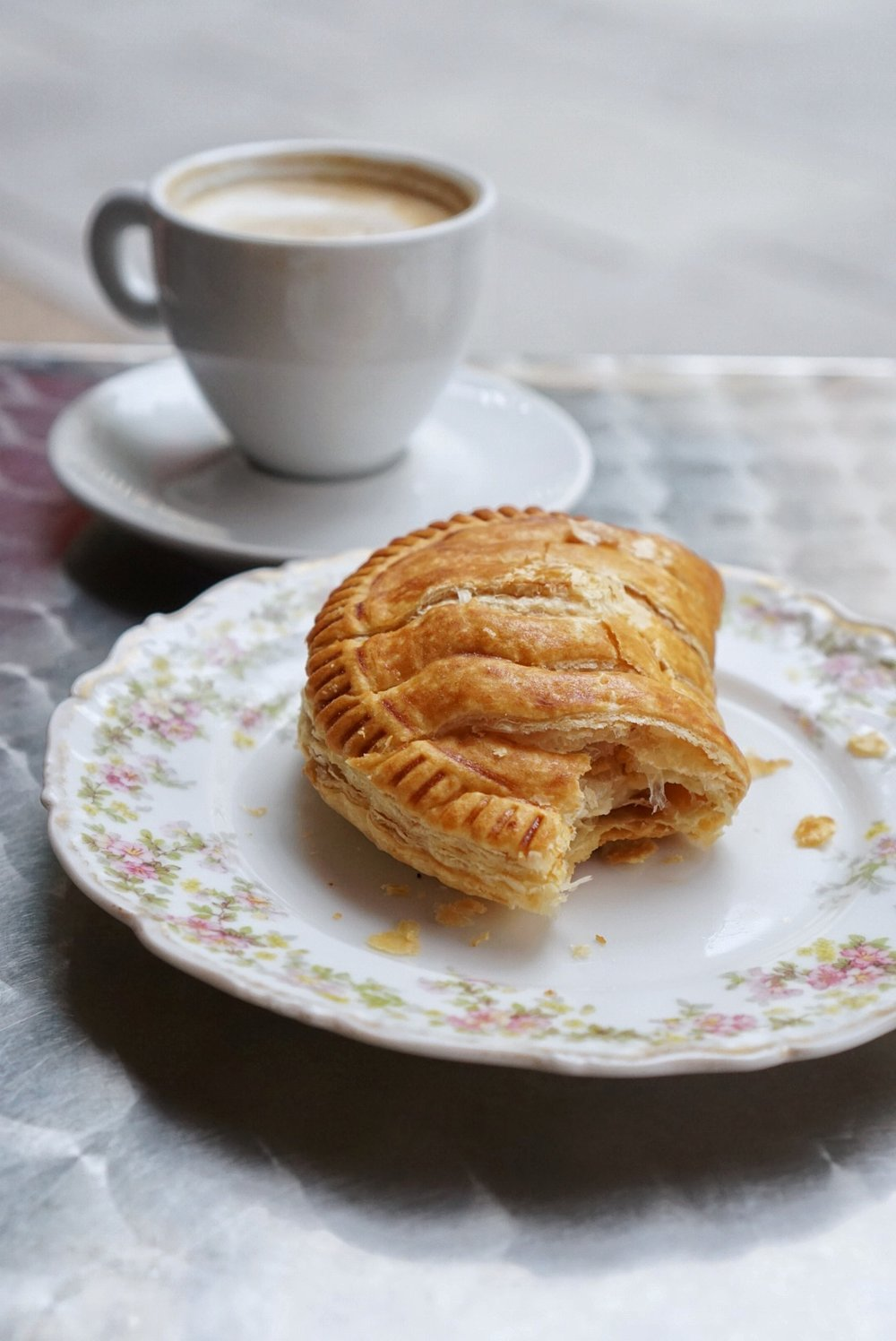 Apple Turnover Coffee.JPG