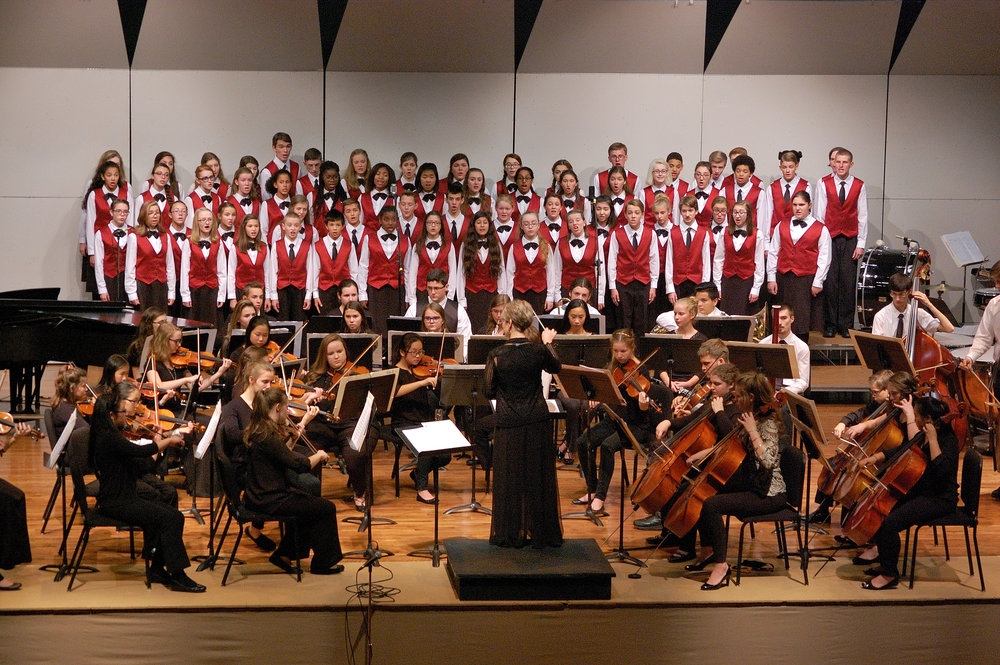 2016 Fall Concert-CC with orchestra close-up.JPG