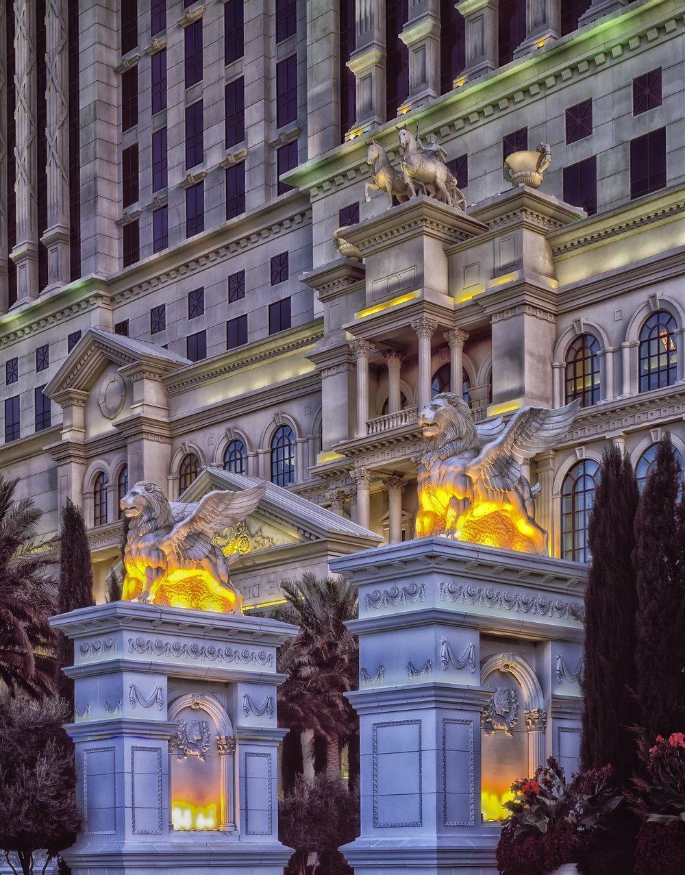 caesars-palace-219216_1920.jpg