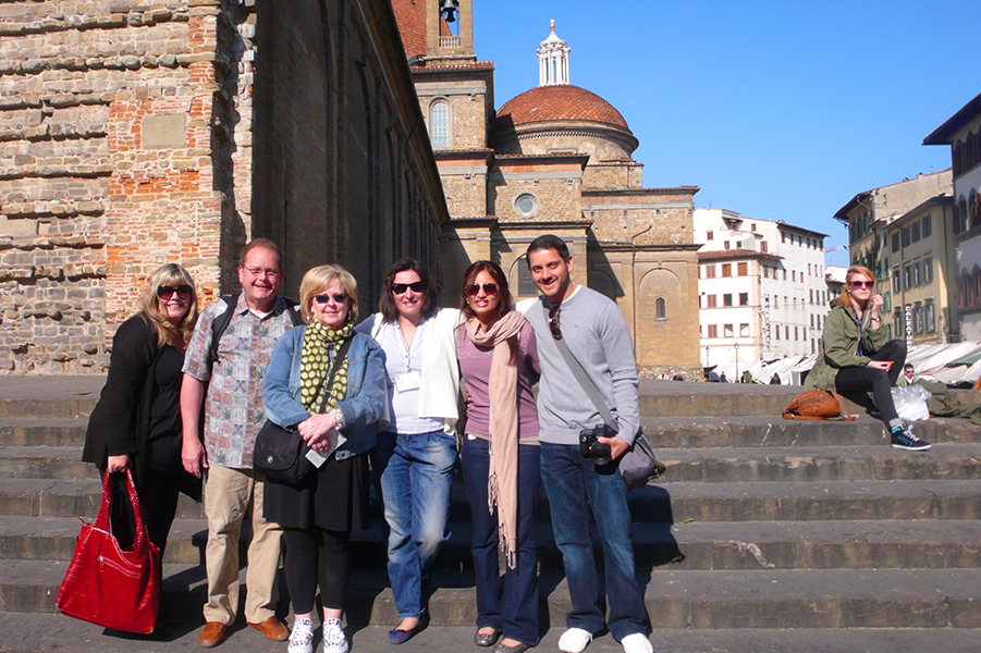 Florence-art-workshop-group-photo.jpg