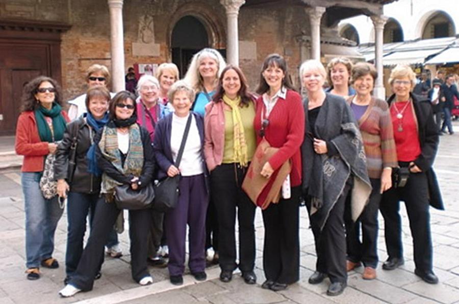 art-group-travel-workshop-italy.jpg
