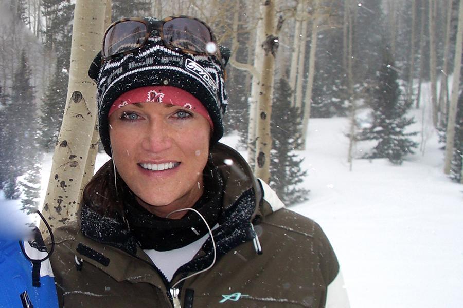 Artist Taylor Smith creates snow paintings.jpg