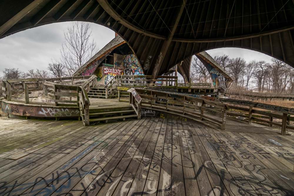 The gratified interior of the Belle Isle Zoo in 2015. Photo by  Eric Hergenreder