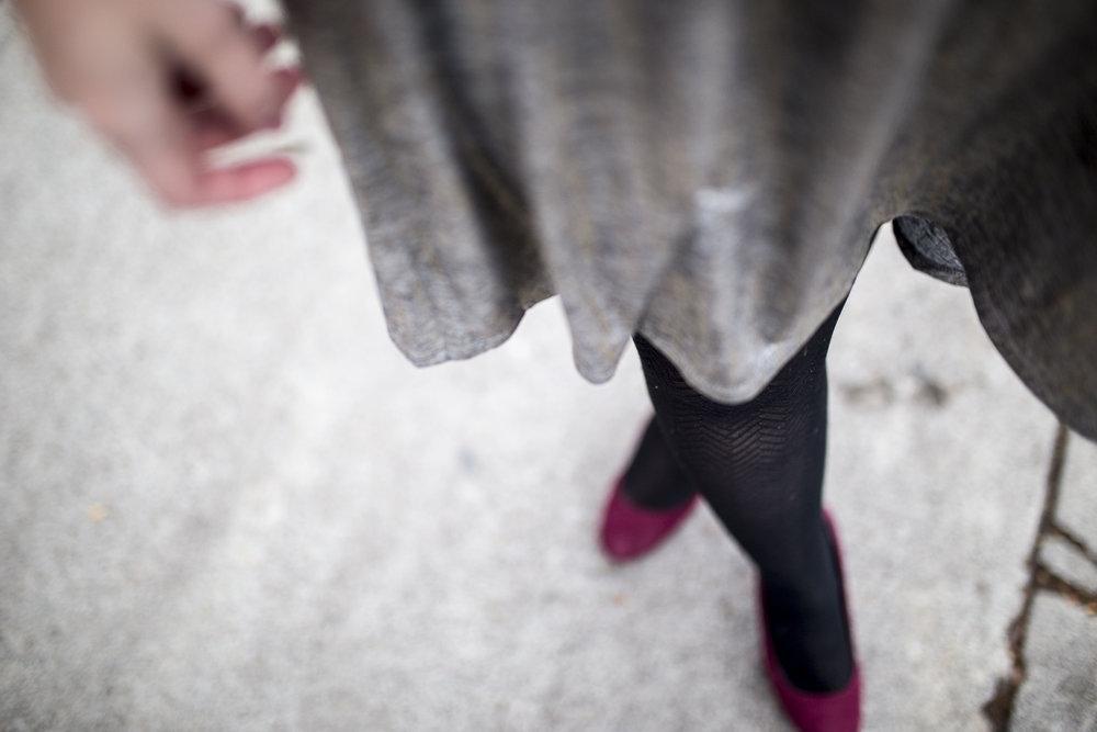 LuluRoe Ariana Street Shoot Elegant Line05.jpg
