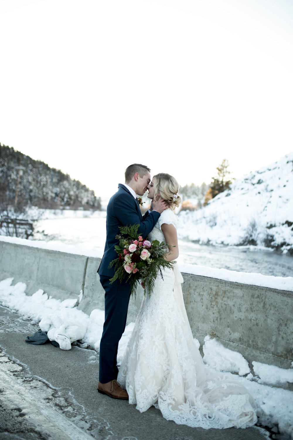 WinterWeddingBridalsTarghee (36 of 121).jpg