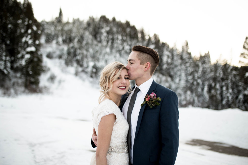 WinterWeddingBridalsTarghee (74 of 121).jpg