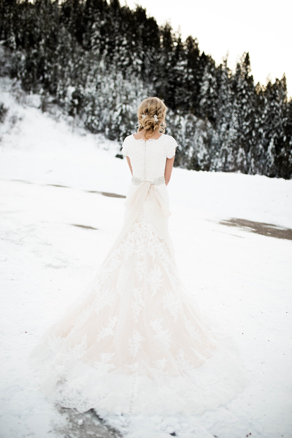 WinterWeddingBridalsTarghee (88 of 121).jpg