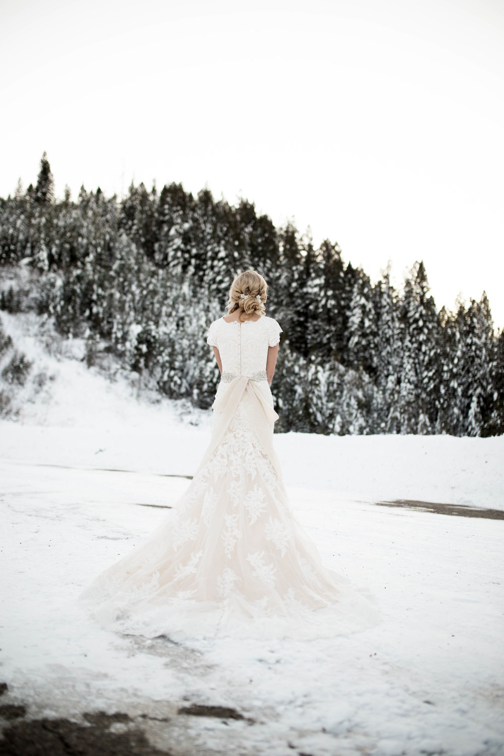 WinterWeddingBridalsTarghee (90 of 121).jpg