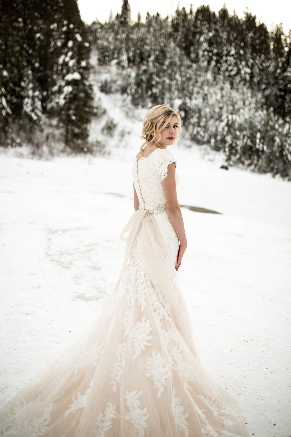 WinterWeddingBridalsTarghee (93 of 121).jpg
