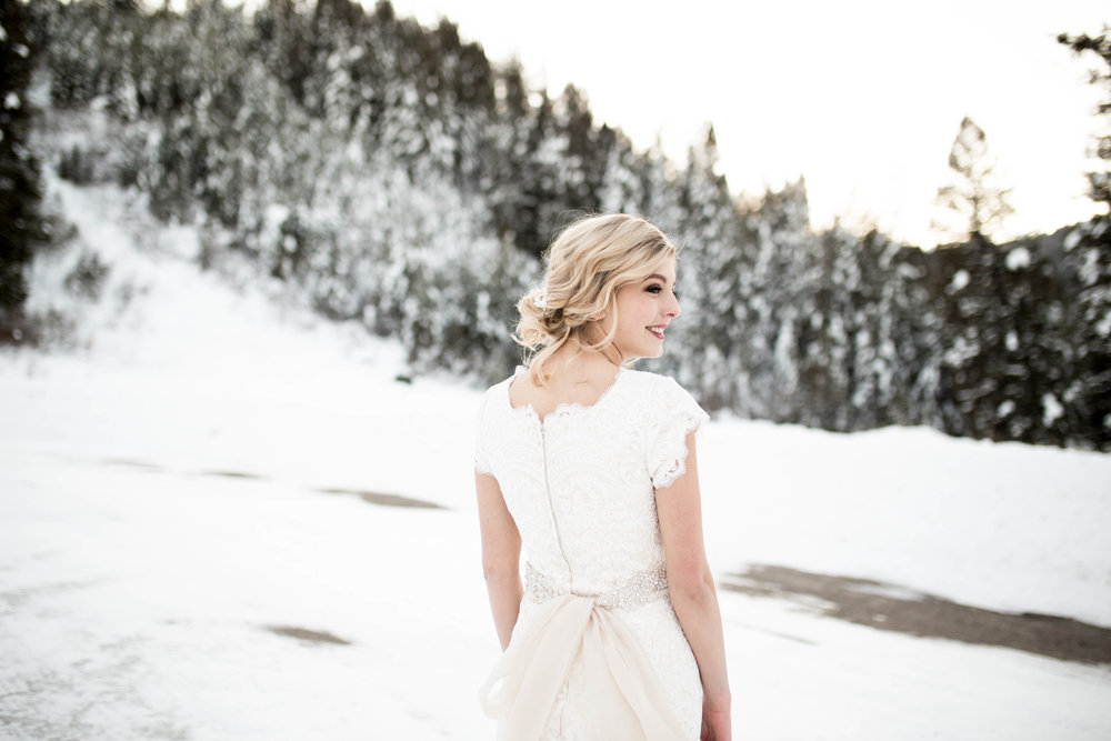 WinterWeddingBridalsTarghee (96 of 121).jpg