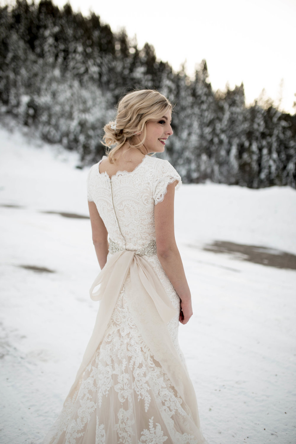 WinterWeddingBridalsTarghee (97 of 121).jpg
