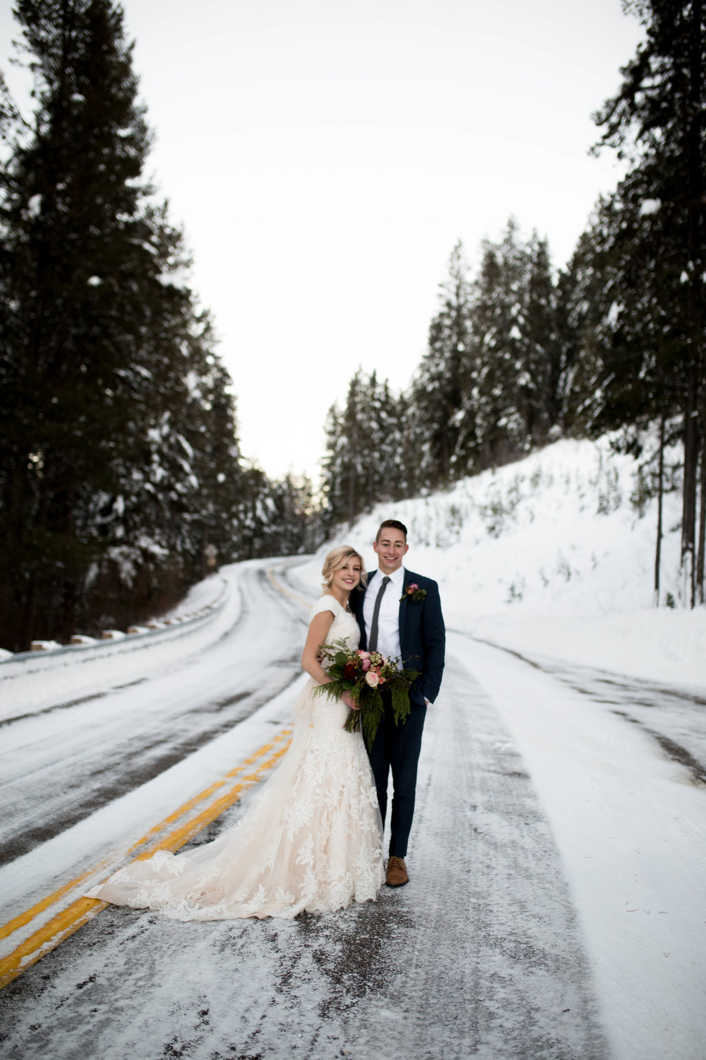 WinterWeddingBridalsTarghee (100 of 121).jpg