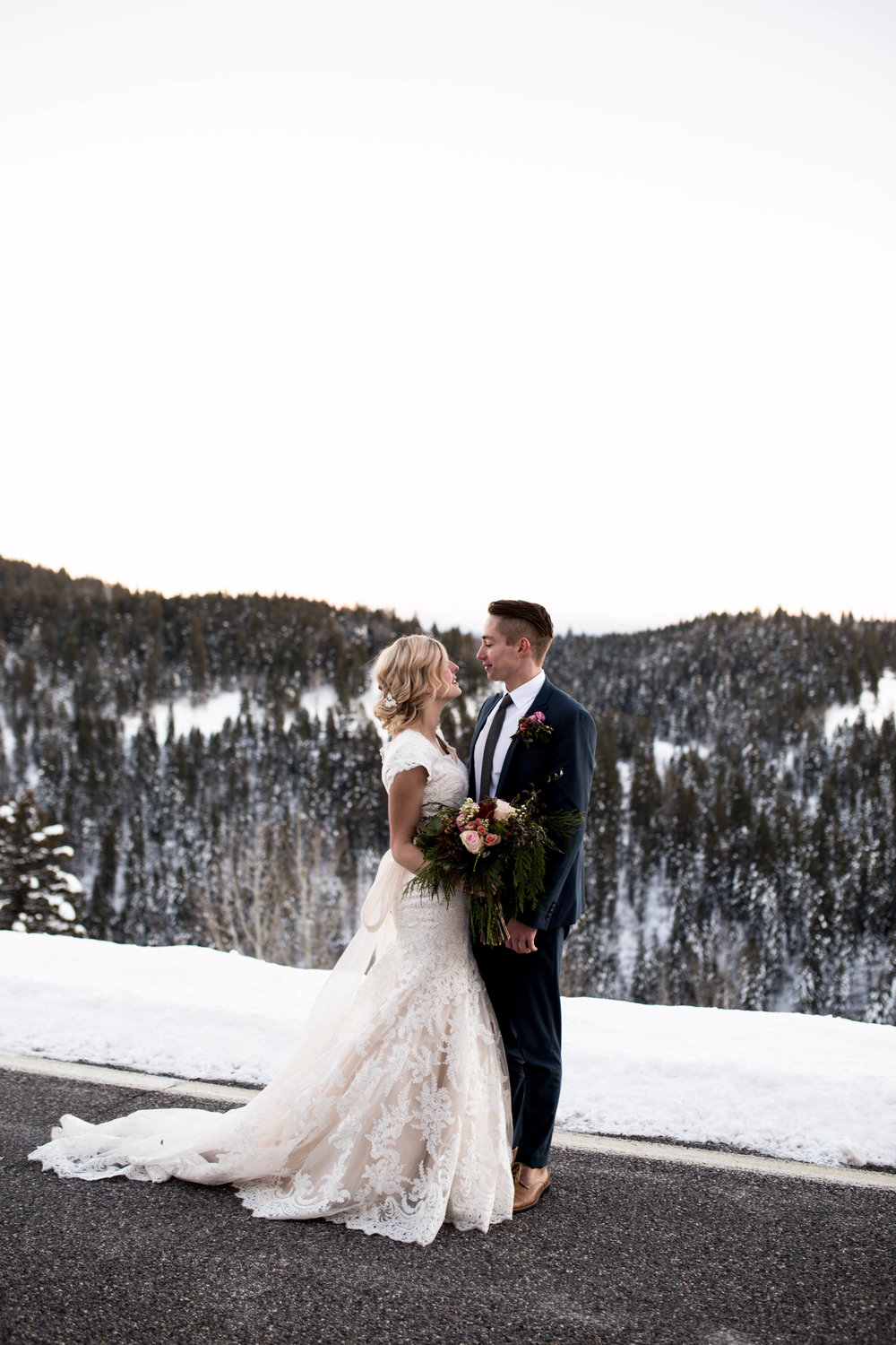 WinterWeddingBridalsTarghee (109 of 121).jpg