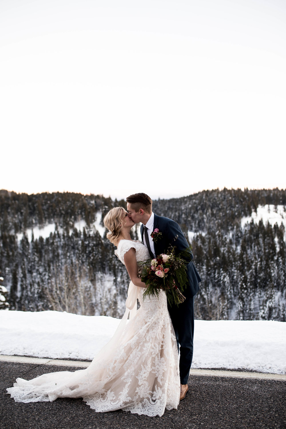 WinterWeddingBridalsTarghee (110 of 121).jpg