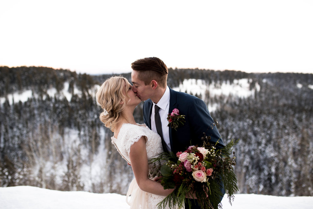 WinterWeddingBridalsTarghee (111 of 121).jpg
