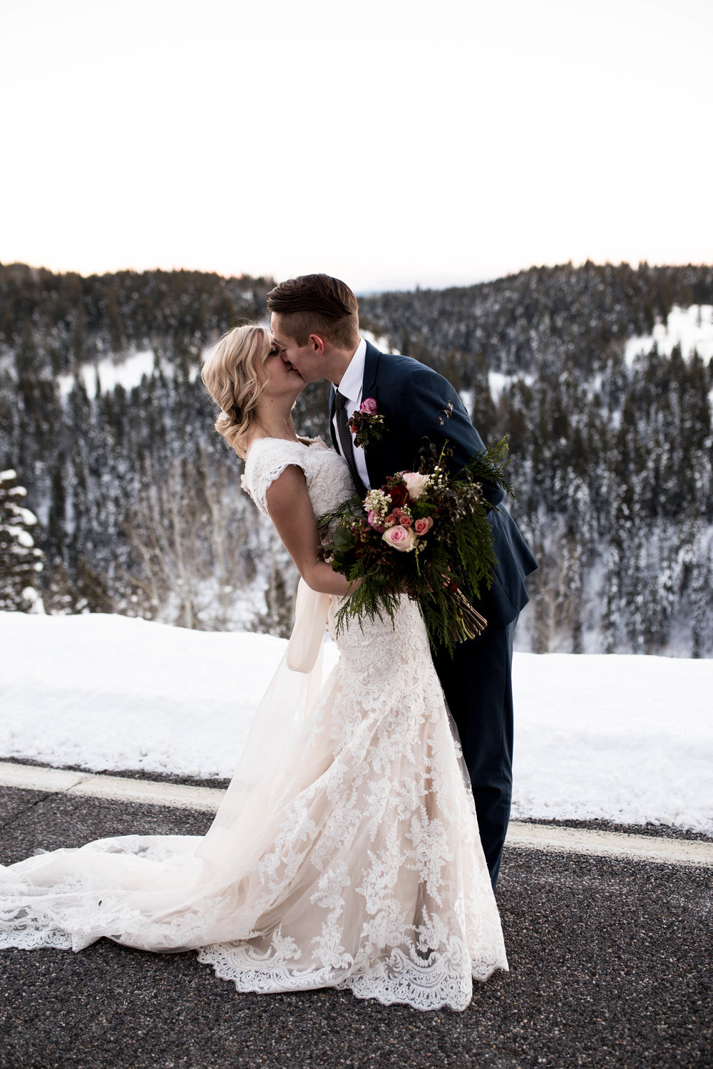 WinterWeddingBridalsTarghee (113 of 121).jpg