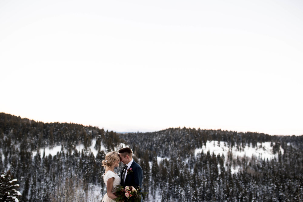 WinterWeddingBridalsTarghee (117 of 121).jpg