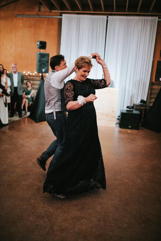 DANCINGPARTY(109of486).jpg