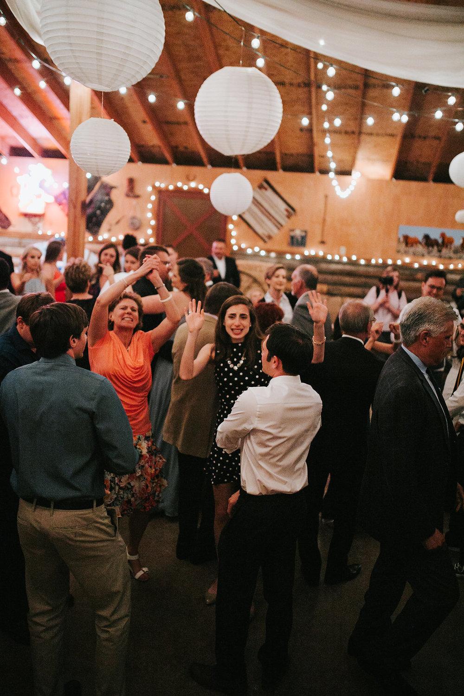DANCINGPARTY(152of486).jpg