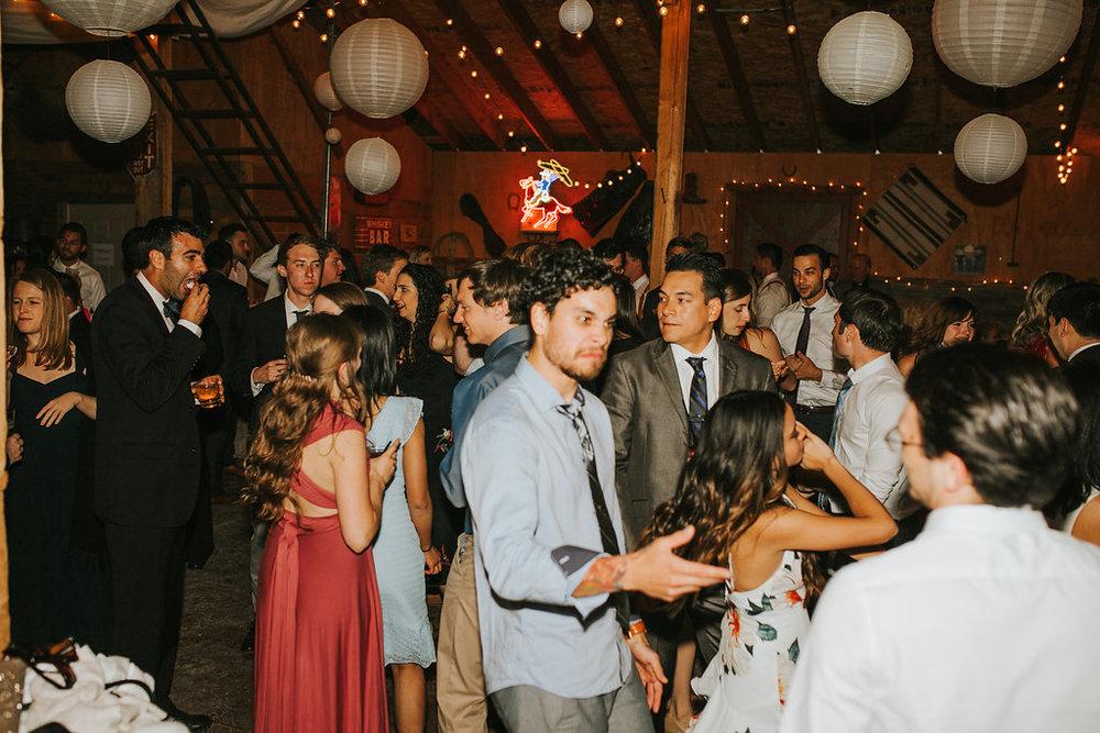 DANCINGPARTY(306of486).jpg