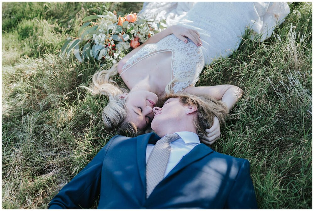 elvis-chapel-knoxville-elopement-adventure-spring-bridals-summer-wedding-look-for-the-light-photo-video