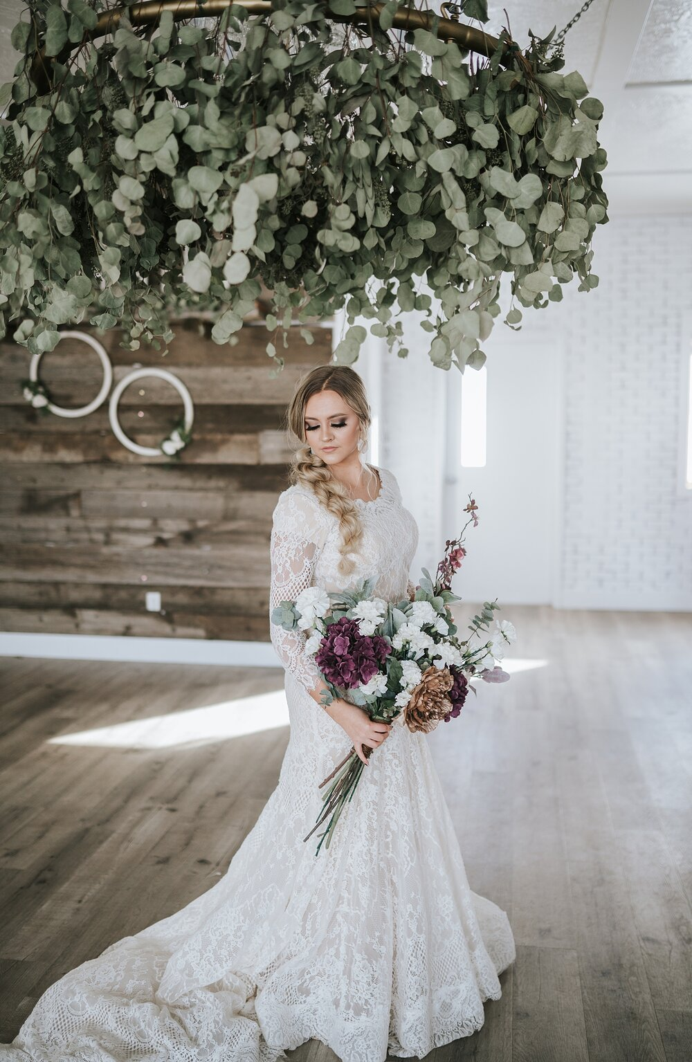 wedding_greenery_southern_bouquet_large_arragement_bride_bridal_romantic_knoxville_asheville_north_carolina