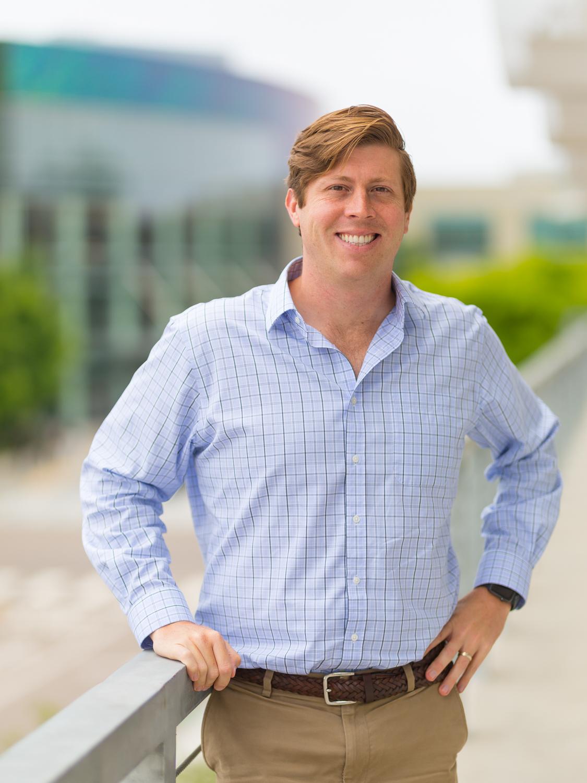 Dr. Daniel Simpson