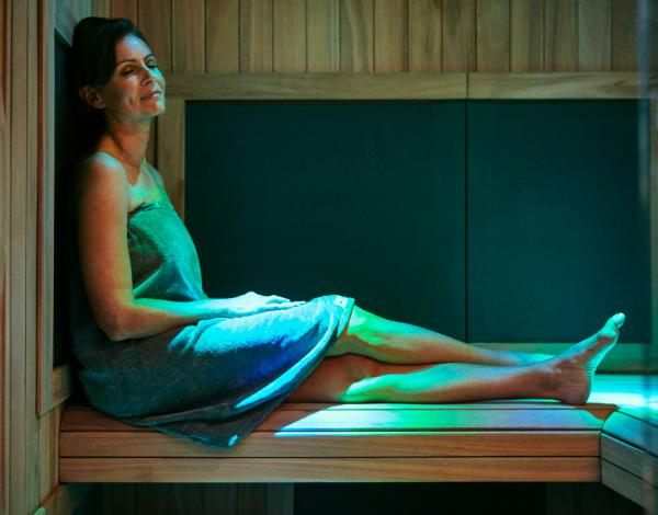 ResizedImage600470-woman-infrared-sauna2.jpg