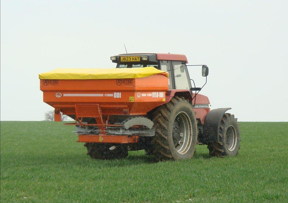 spring-fertilizer-delivery