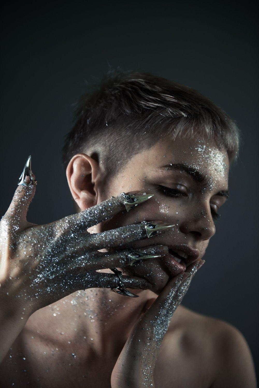 Alkonost-glitter-10.jpg