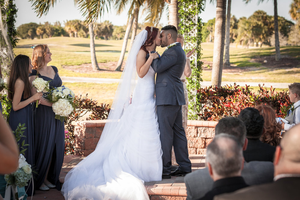 Wedding-Kiss-Coral-Springs-Alicia-&-Anthony