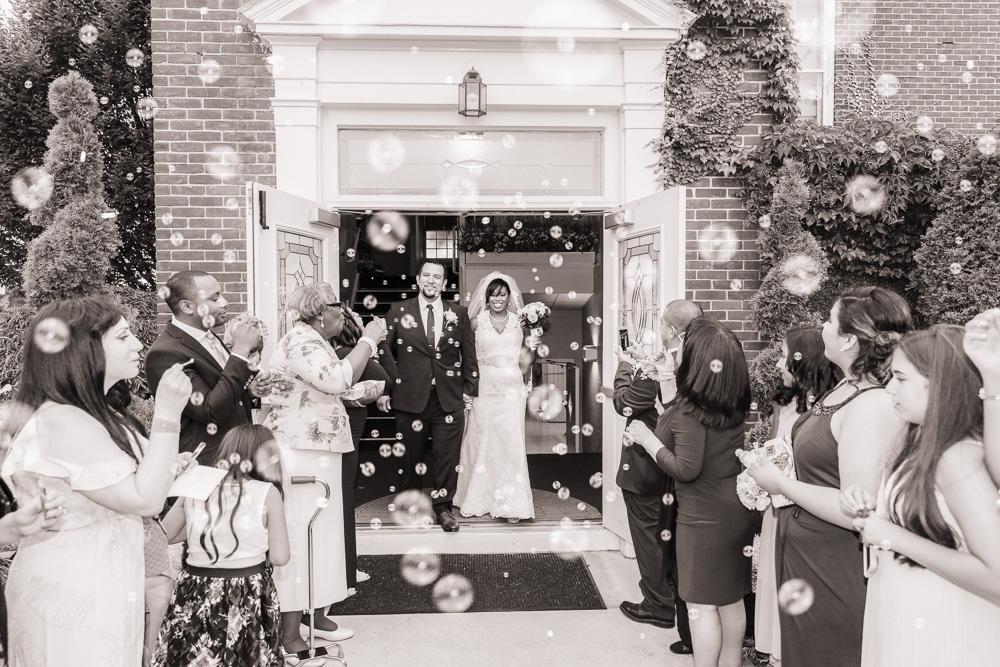 Bubbles-Wedding-Valery-Saul-Garden-City-06.jpg