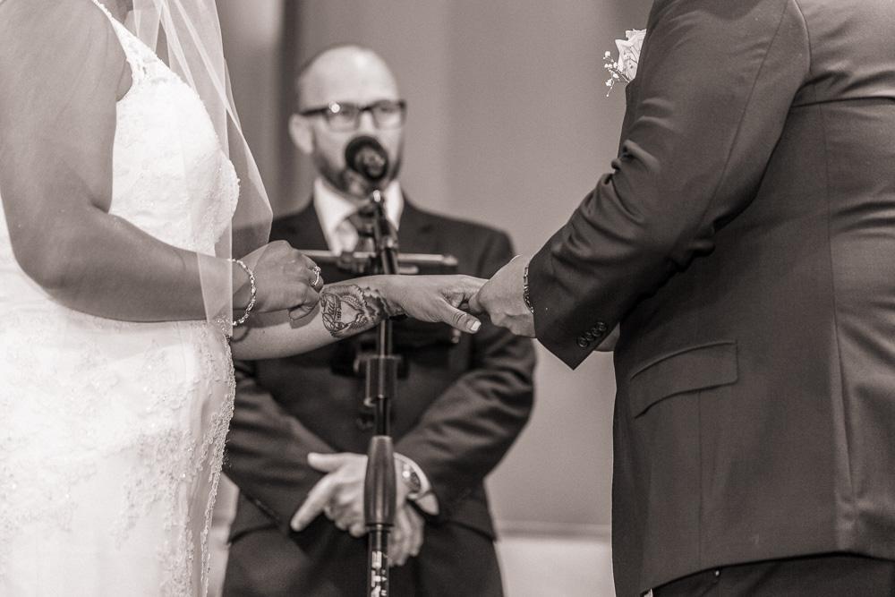 Wedding-Ring-Valery-Saul-03.jpg