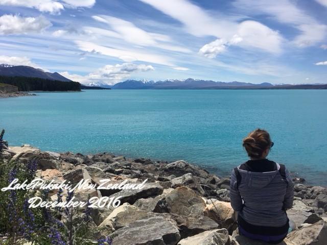 LakePukakiNewZealand.jpg