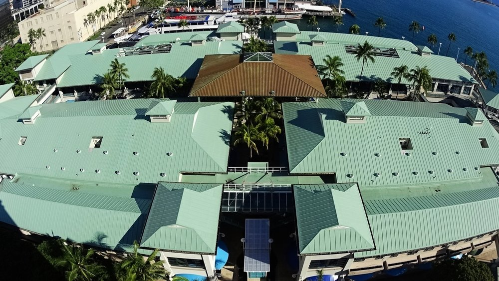 Aloha_tower_marketplace_full.jpeg