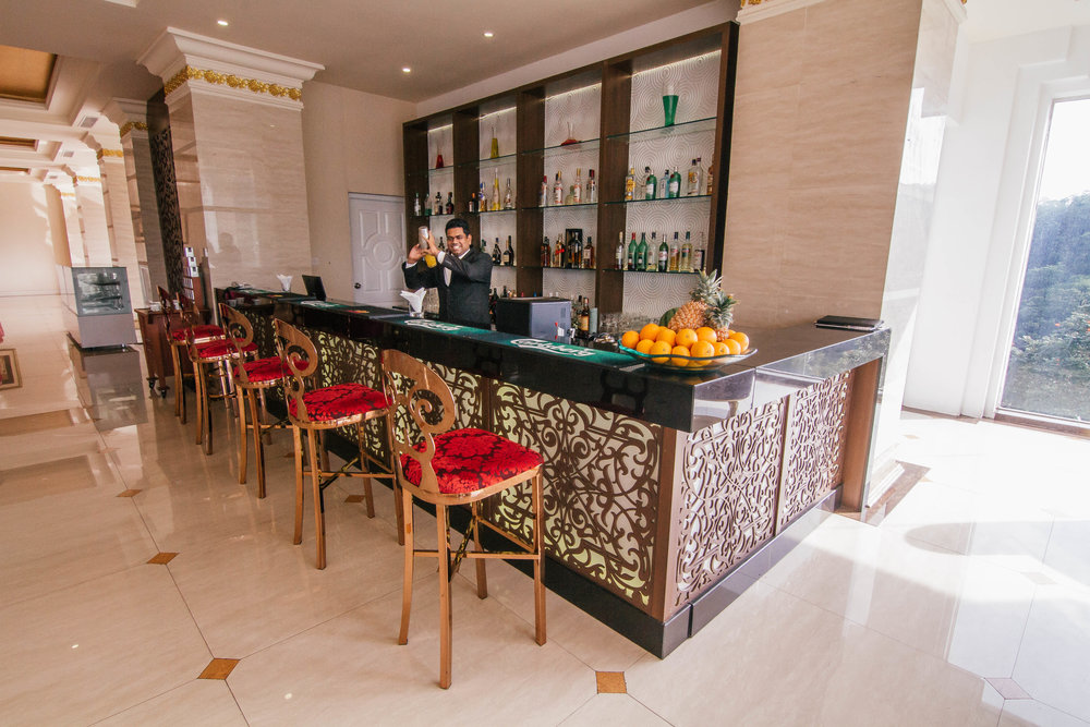 The Grand Kandyan Hotel bar