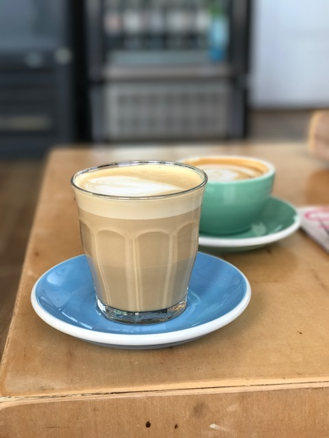 Drift Coffee & Kitchen - cute coffee shop that has avocado toast and smoothie bowls. Very yummy latte with in-house made syrups!