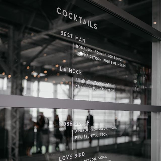 Cocktail menu on a glass wall 👌🏼🥃 It was a lot of work but the result is stunning! 🖤 // C+R // Photo by @lavoiealexis // Design and coordination: @heramariages // Cocktails by @lechienfumant // #modernwedding #modernstationery #stationery #clear #cocktails #weddingmenu #etsyseller #whitewillowpaperco #instawedding #minimalist #montrealwedding #weddinginvitations